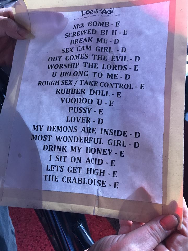 Setlist from the Flint show