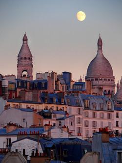 Sacré Coeur at dawn