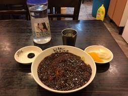 《海外国際ハンドキャリー》すろ〜らいふ♪韓国ソウルでジャジャン麺ランチまいう〜。