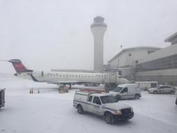 リアルタイム♪《海外国際ハンドキャリー》USメトロポリタンウェインカウンティ空港 transit