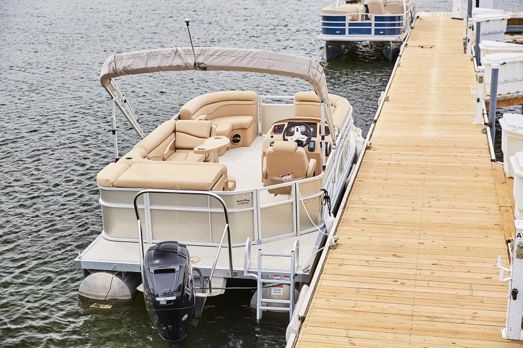 2020 Pontoon Boat Rental - Full Day