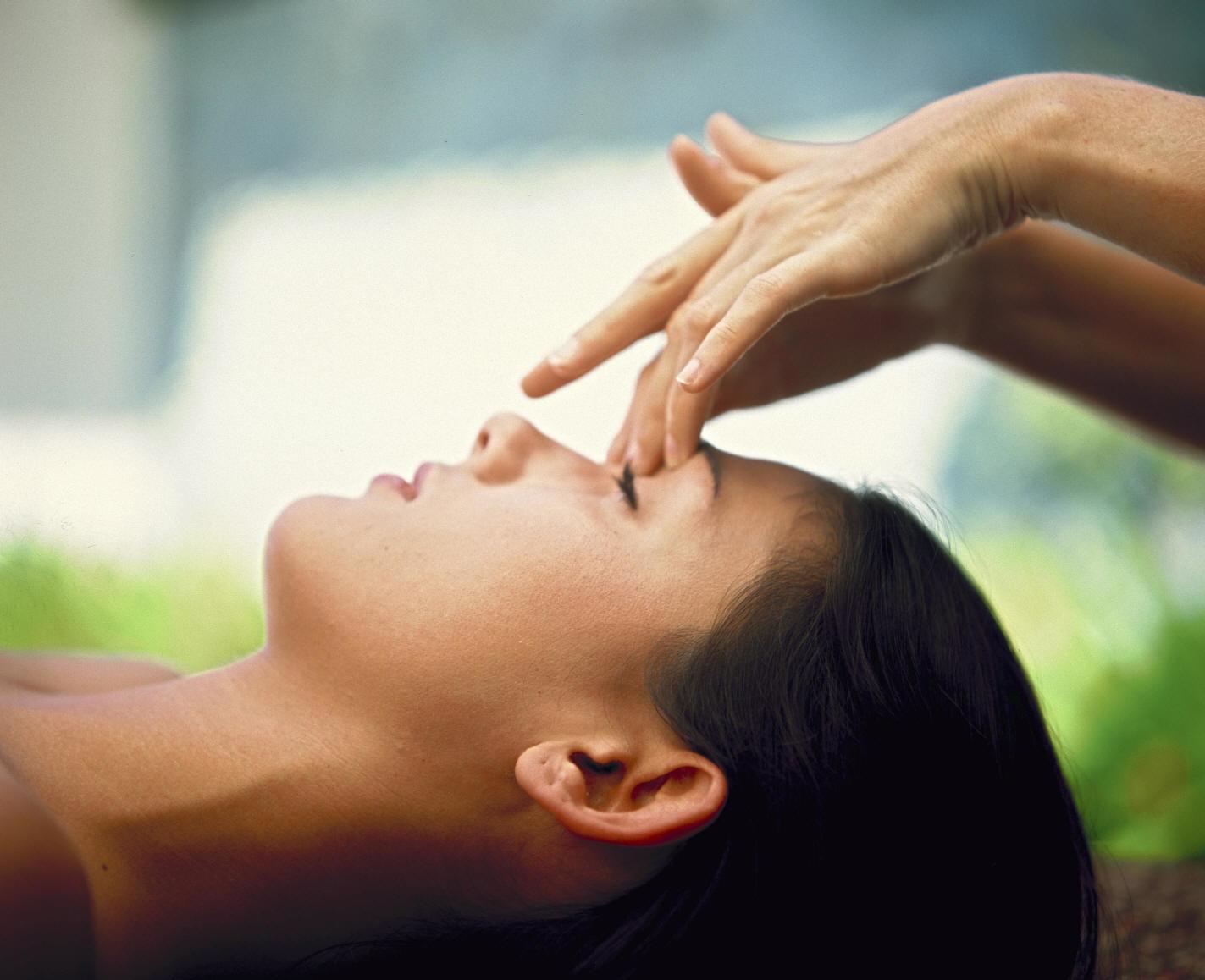 Headache & Sinus Massage + Ear Candling