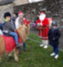 Scoubidou et le Père Noël sur le Marché de Noël de Rieux