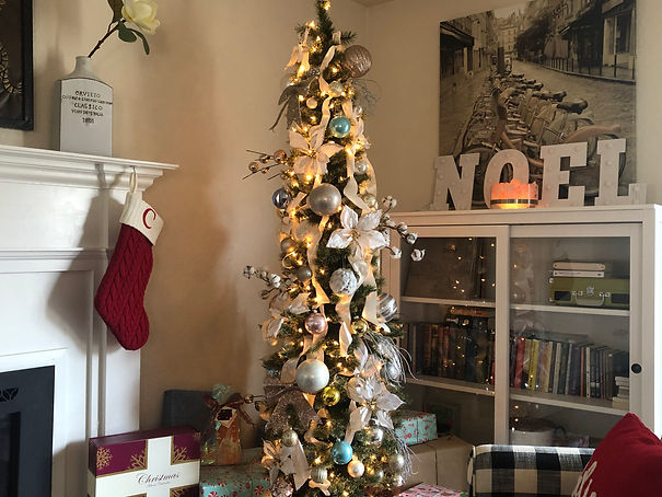 Overly Christmas.Fancy Schmancy Christmas Tree With Decor Tips Chels