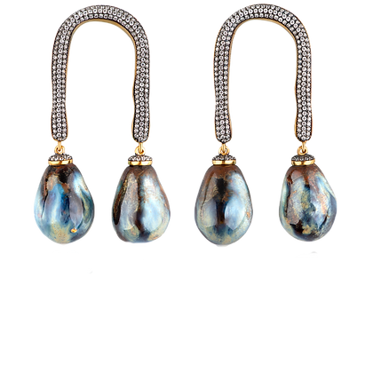 Alter crystal horseshoe with ocean drops
