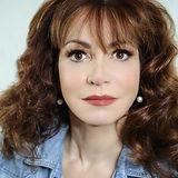 Leslie Carroll Author