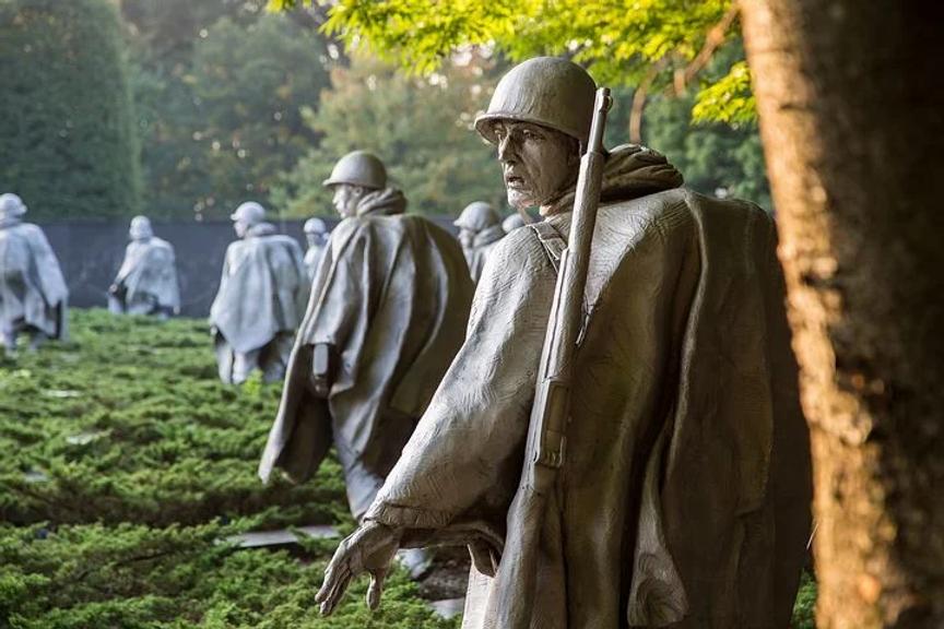 korean-war-memorial-1809436__480.webp