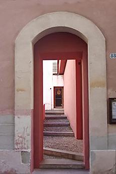 16_Pilla_Dorothy_Amore_Pink_Doorway.jpg