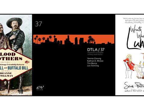 DTLA37 - signing at Dark Delicacies