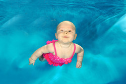 Look at me swimming!