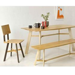 LE1 furniture