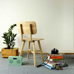 LE2 chair