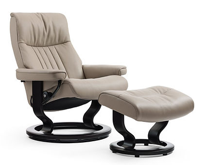 Crown stressless recliner by ekornes