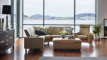 stressless-pause-sectional-sofa-front