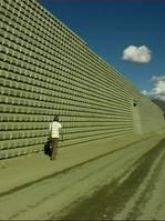 Bahndamm Lhasa.Filmstill Marco Keller.jp