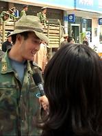 Chinesischer_Berichterstattung_in_Lhasa.
