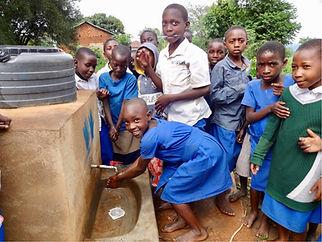 Dignity4Girls, FIW Kenya.jpg