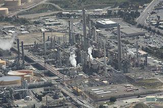 refinery Pixabay JPenrose-109024_1920.jp