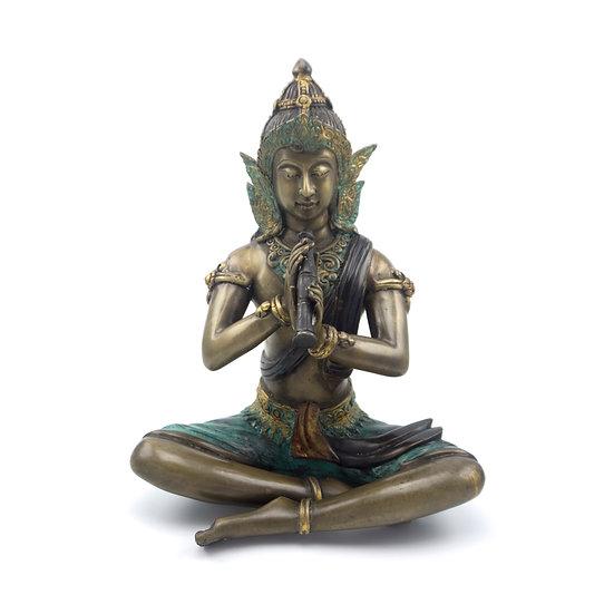 Phra Apai Mani in traditional pose