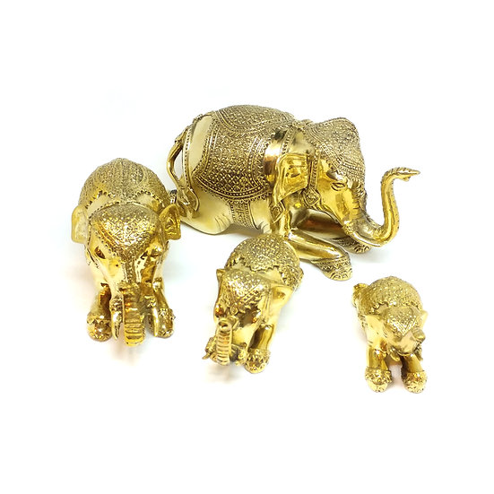 Royal Kneeing Elephant Set