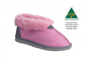 Ugg Slippers ~ Pink