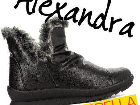 FAUX FUR BOOTs by LORELLA
