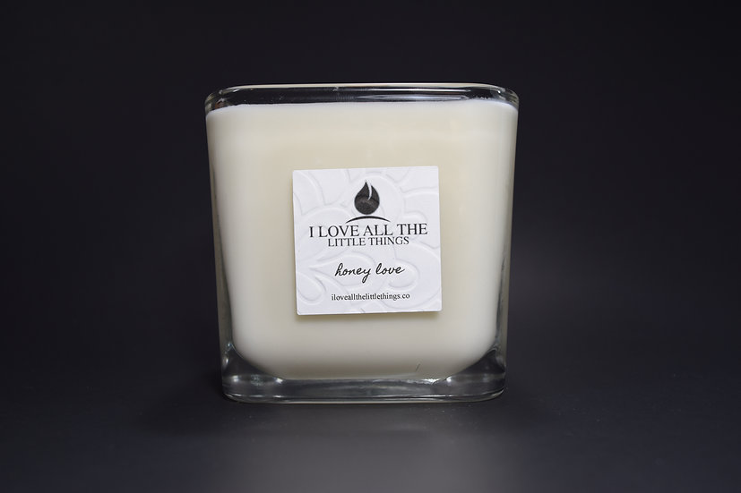 Signature I Love All The Little Things Candle  |  Honey Love