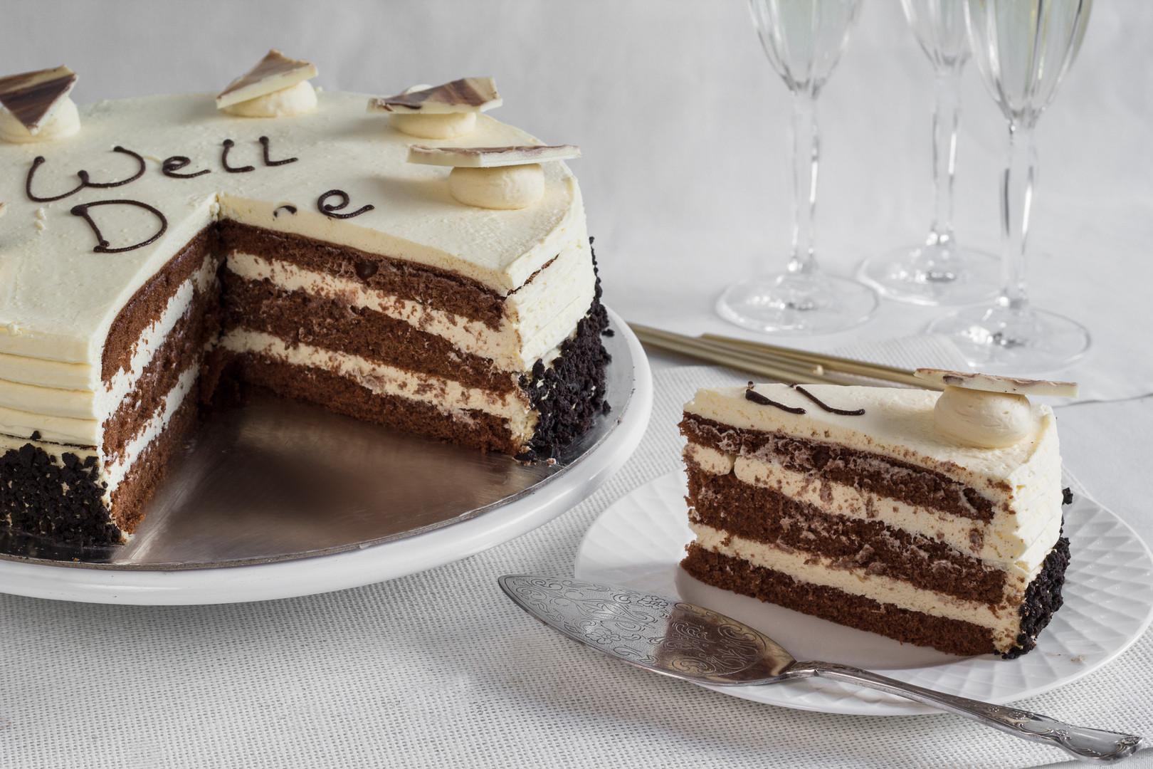 Celebration Cakes Baileys Torte Miami Ba