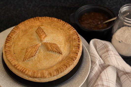 Large Family Steak Pie