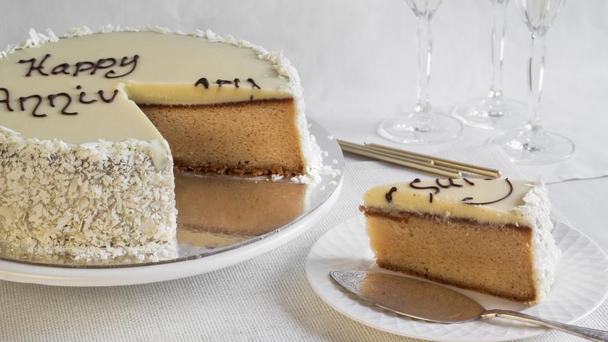White Birthday and Celebration Mudcake