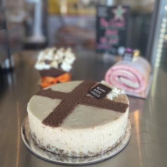 Hot Cross Cheesecake