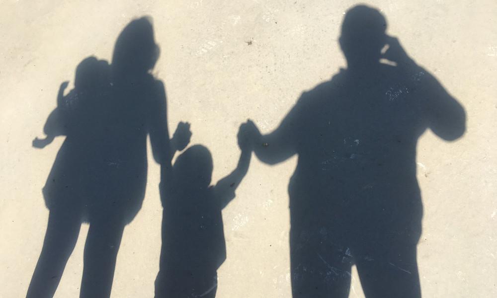 daniela oliver family