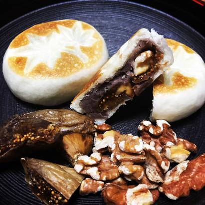 胡桃とドライイチジクの小麦饅頭