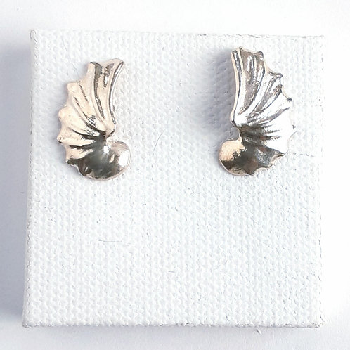 Sterling Shell Studs