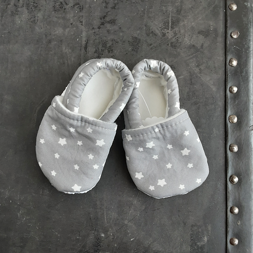 Baby Shoes- Gray Stars