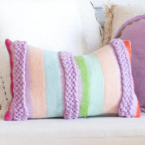 Sample Sari Bateko Felt Cushion