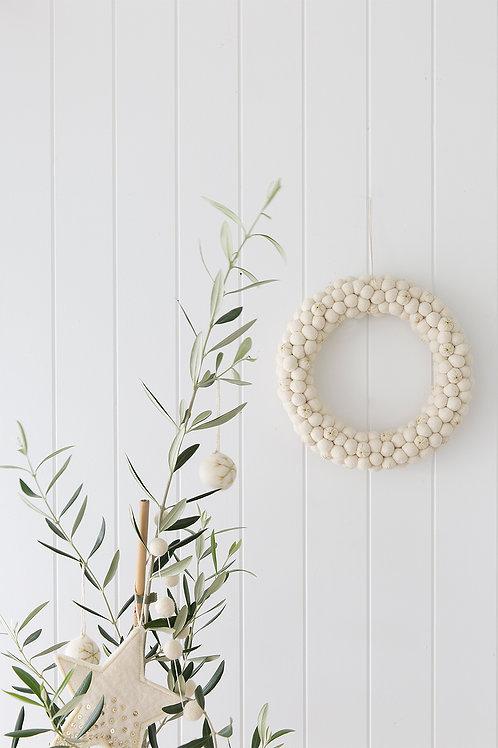 Felt ball wreath ivory