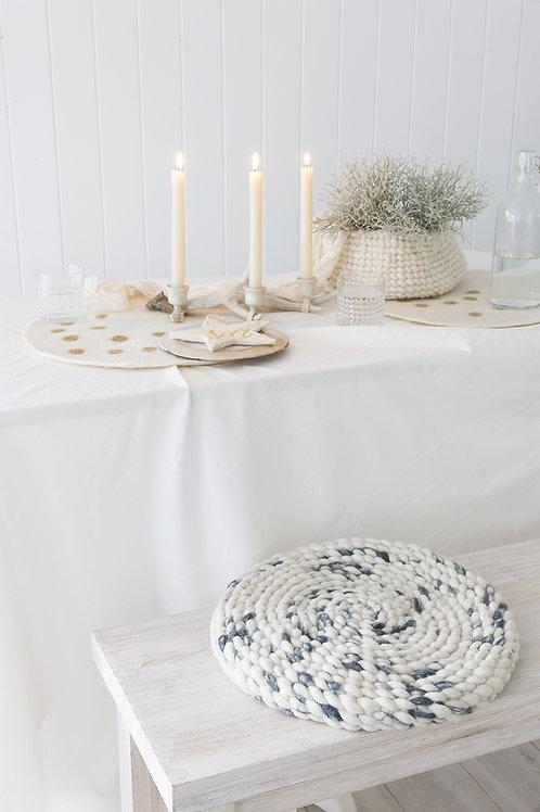Buneko cushion marble