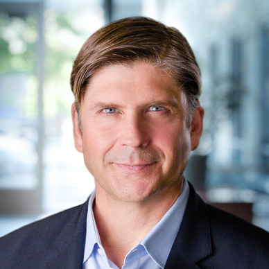 portrait-headshot-corporate-executive-en