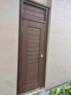 外部木扉 完成