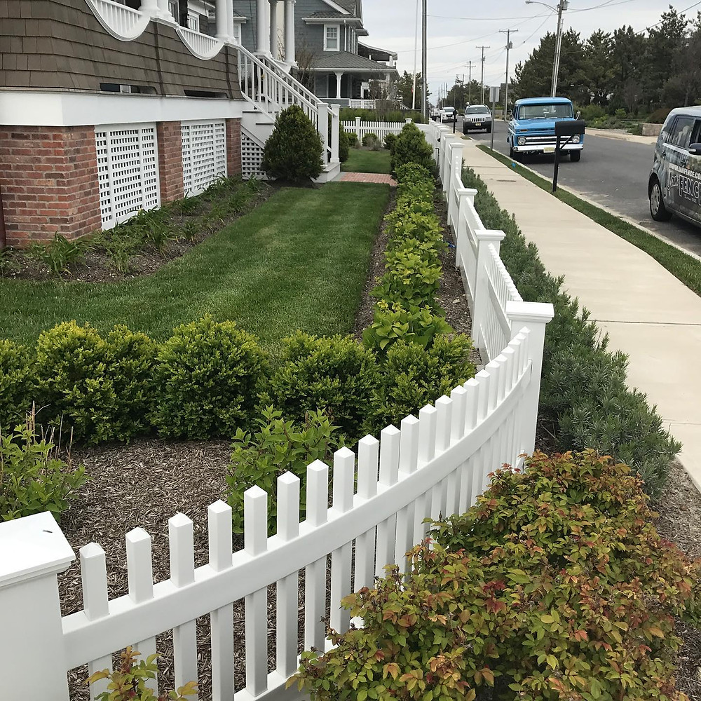 How to Build a Fence That Complements Your Home in Hunterdon County and Essex County, NJ