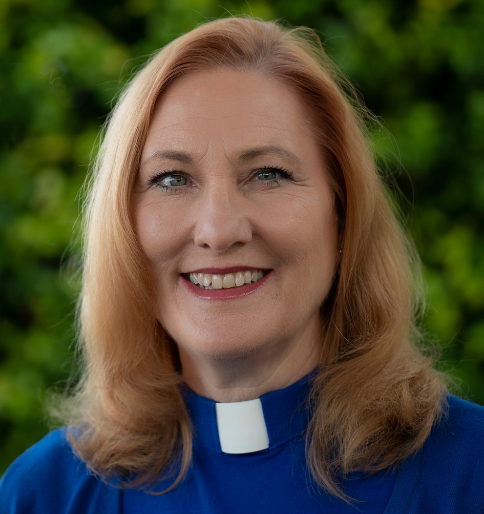 Rev. Lisa  Williams