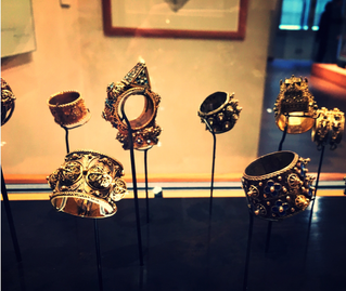 The Unifying Power of Jewellery