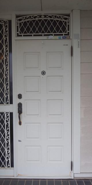 埼玉県 越谷市 中島 S様邸 玄関ドア塗装