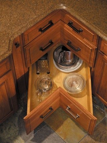 Corner Pullout Drawer