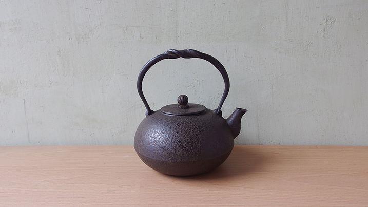 鉄瓶 布団形かすみ(赤)小