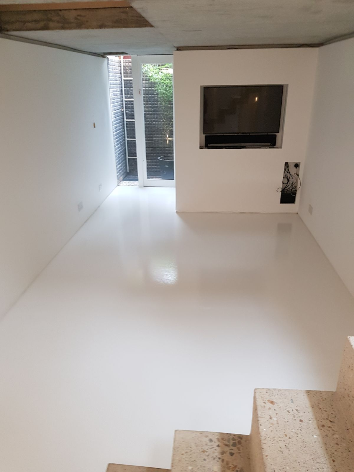 Poured Coloured Resin Floors