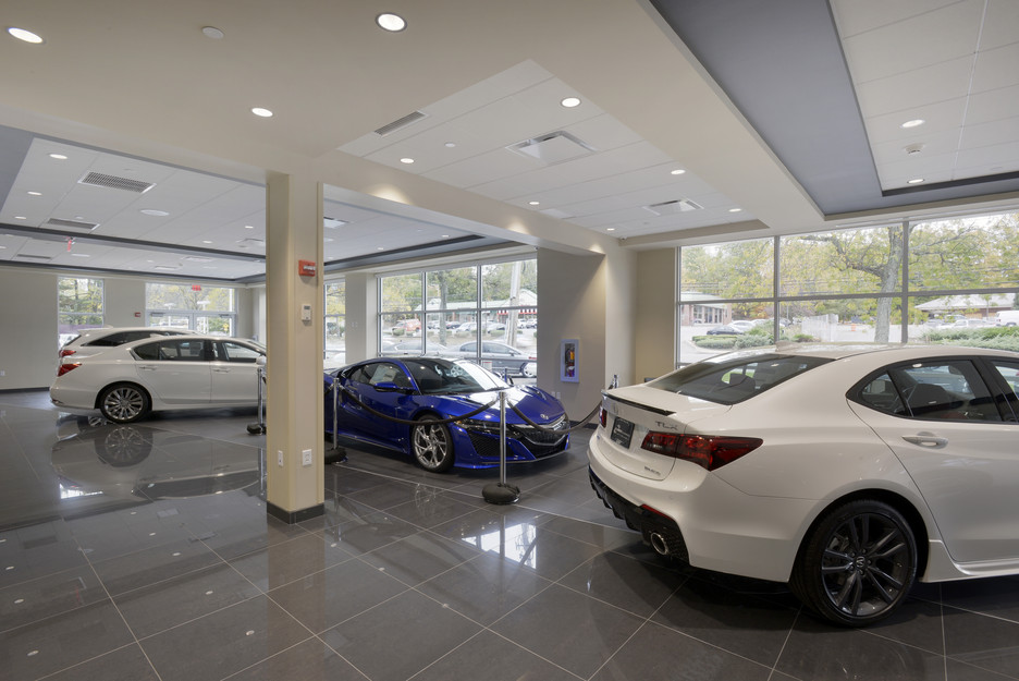 Curry Acura Showroom 1