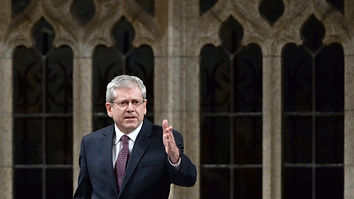 Charlie Angus standing in Question Period in the House of Commons