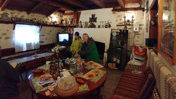 Oppamme olohuone • Livingroom of our guide